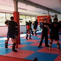 beginners kickboxing class